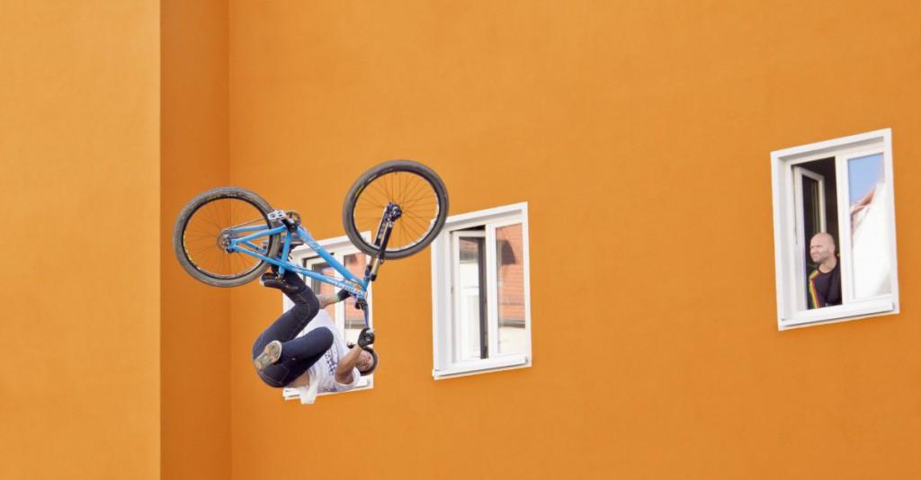 Oranges Haus Salto Red Bull District Ride 2016