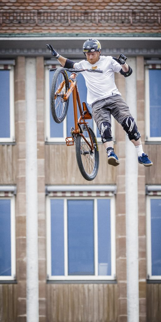 Jump Red Bull District Ride 2017